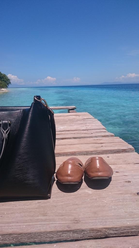 Pantai Liang, Ambon