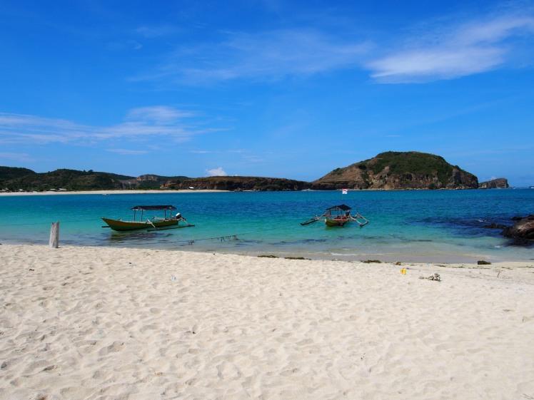 Pantai Tanjung Aan, Lombok