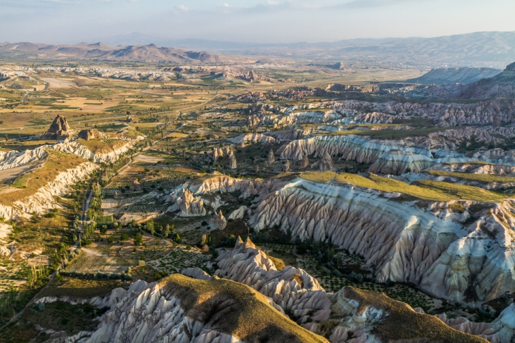 Cappadocia, Turki (source: buzzfeed)
